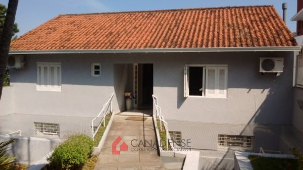 Condominio Serra Morena - Casa 3 Dorm, Nonoai, Porto Alegre (3765)