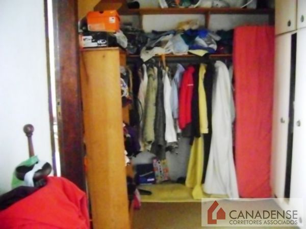 Canadense Corretores Associados - Casa 3 Dorm - Foto 27