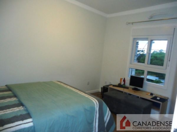 Canadense Corretores Associados - Casa 4 Dorm - Foto 15