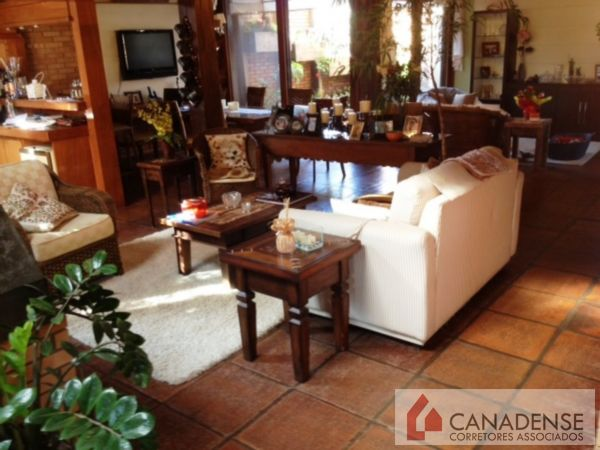 Canadense Corretores Associados - Casa 4 Dorm - Foto 2