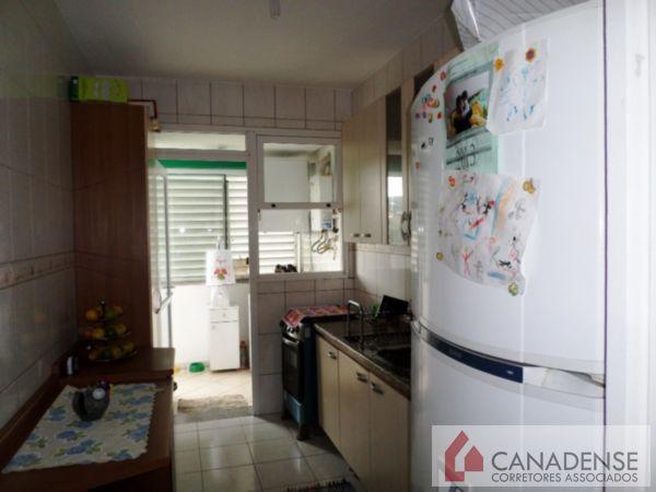 Condomínio Geraldo Santana - Apto 3 Dorm, Cavalhada, Porto Alegre - Foto 13
