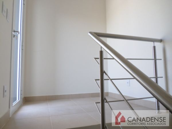 Canadense Corretores Associados - Casa 3 Dorm - Foto 20