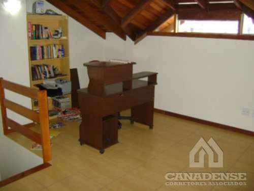 Canadense Corretores Associados - Casa 3 Dorm - Foto 17